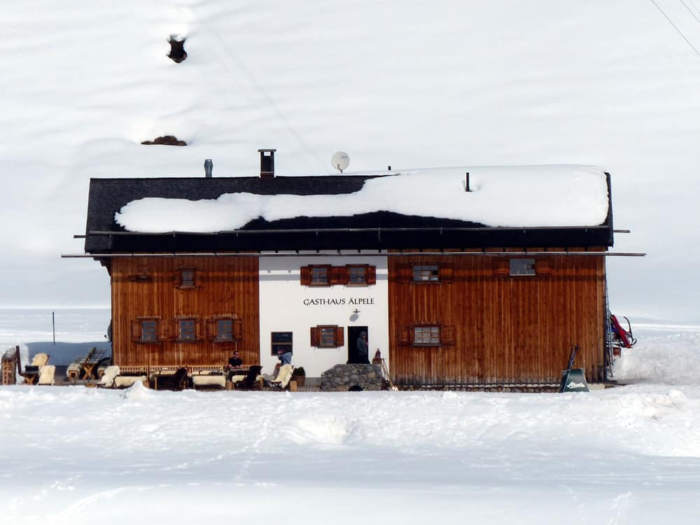 Apele hut in Lech am Arlberg region in the Formarin